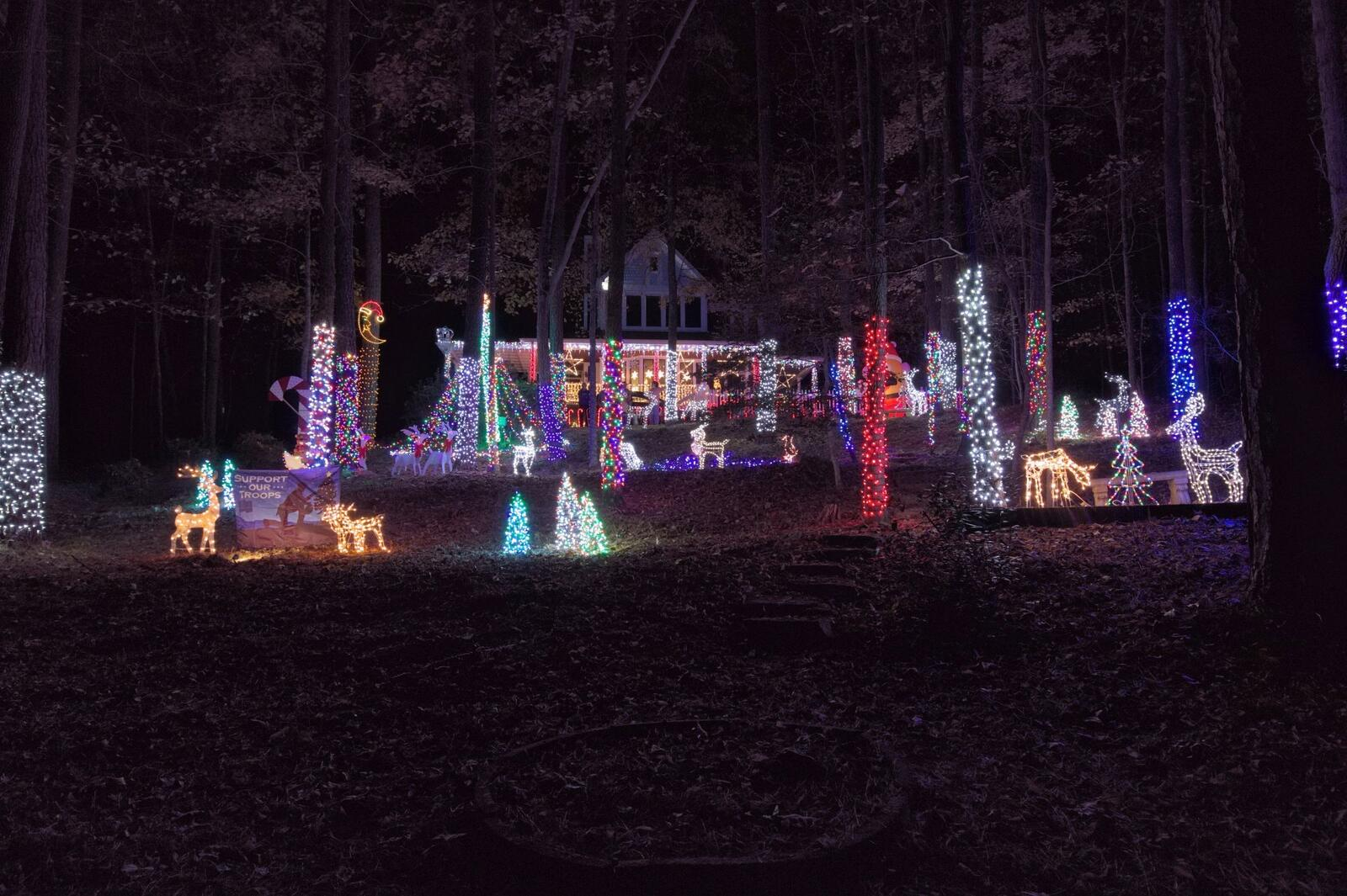 Nov 25 · Christmas light display — Nextdoor
