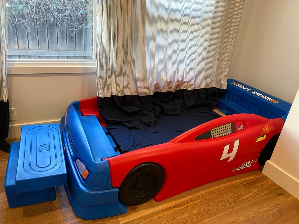 30 Delta Children S Race Car Twin Bed Nextdoor