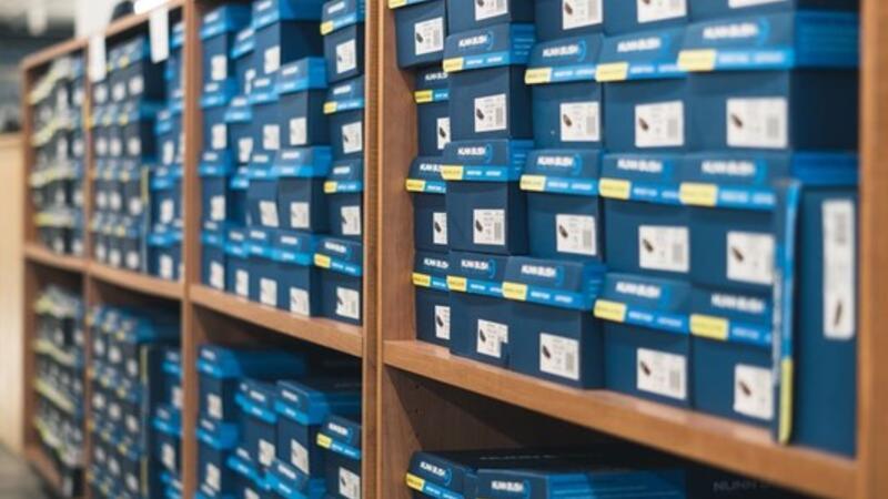 Weyco Group Warehouse Shoe Sale