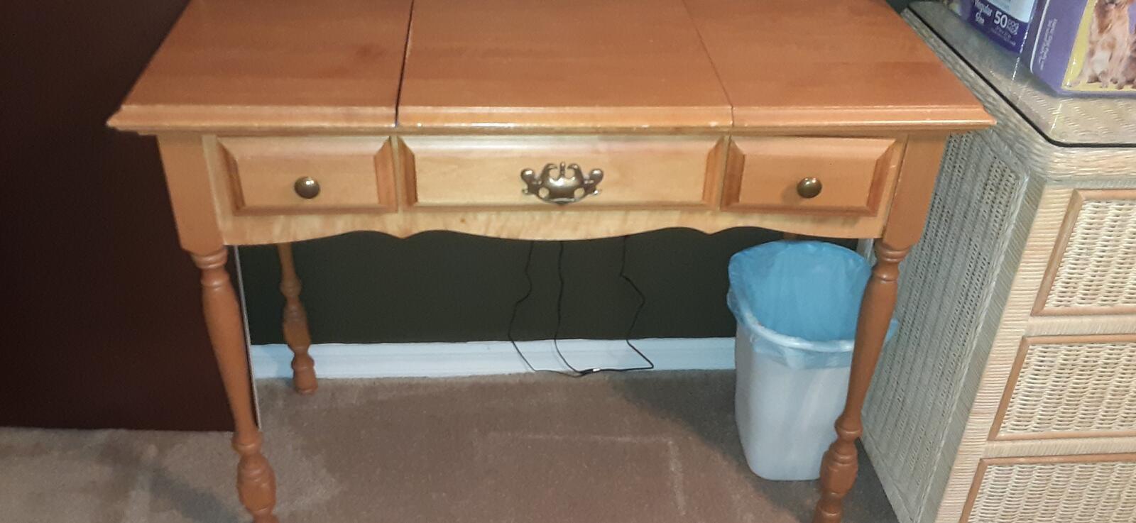50 Wooden Vanity With Lift Top Mirror And 2 Small Drawers Nextdoor